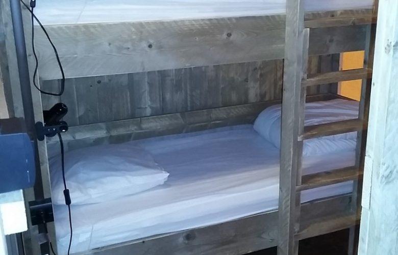 Glamping Lodge VIP 6. Chambre lits superposés avec chauffage (1)