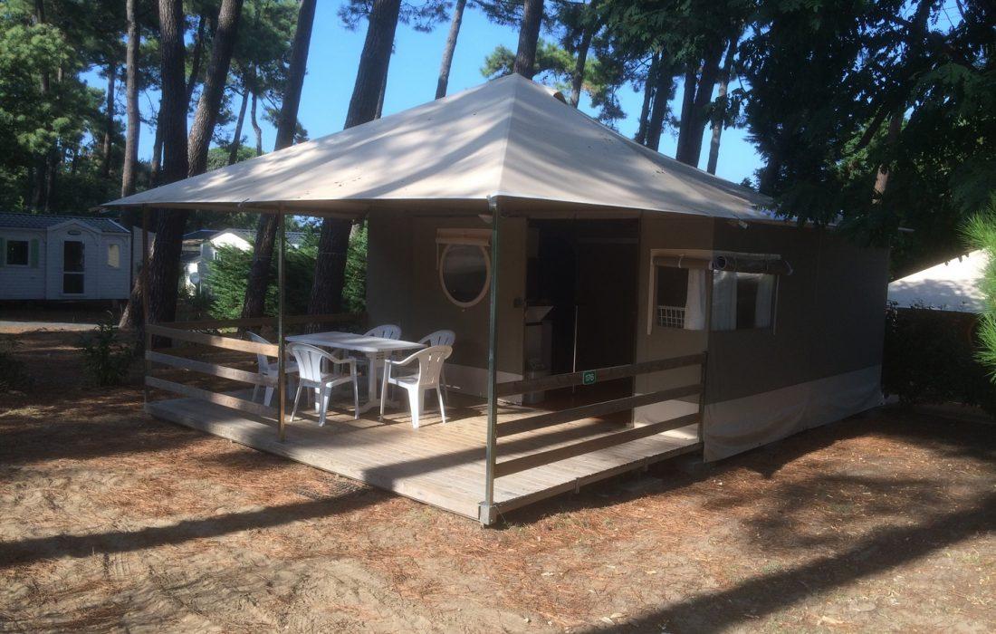Lodge (8)