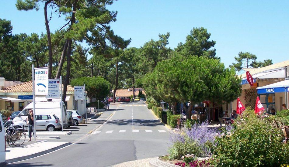 centre grand village